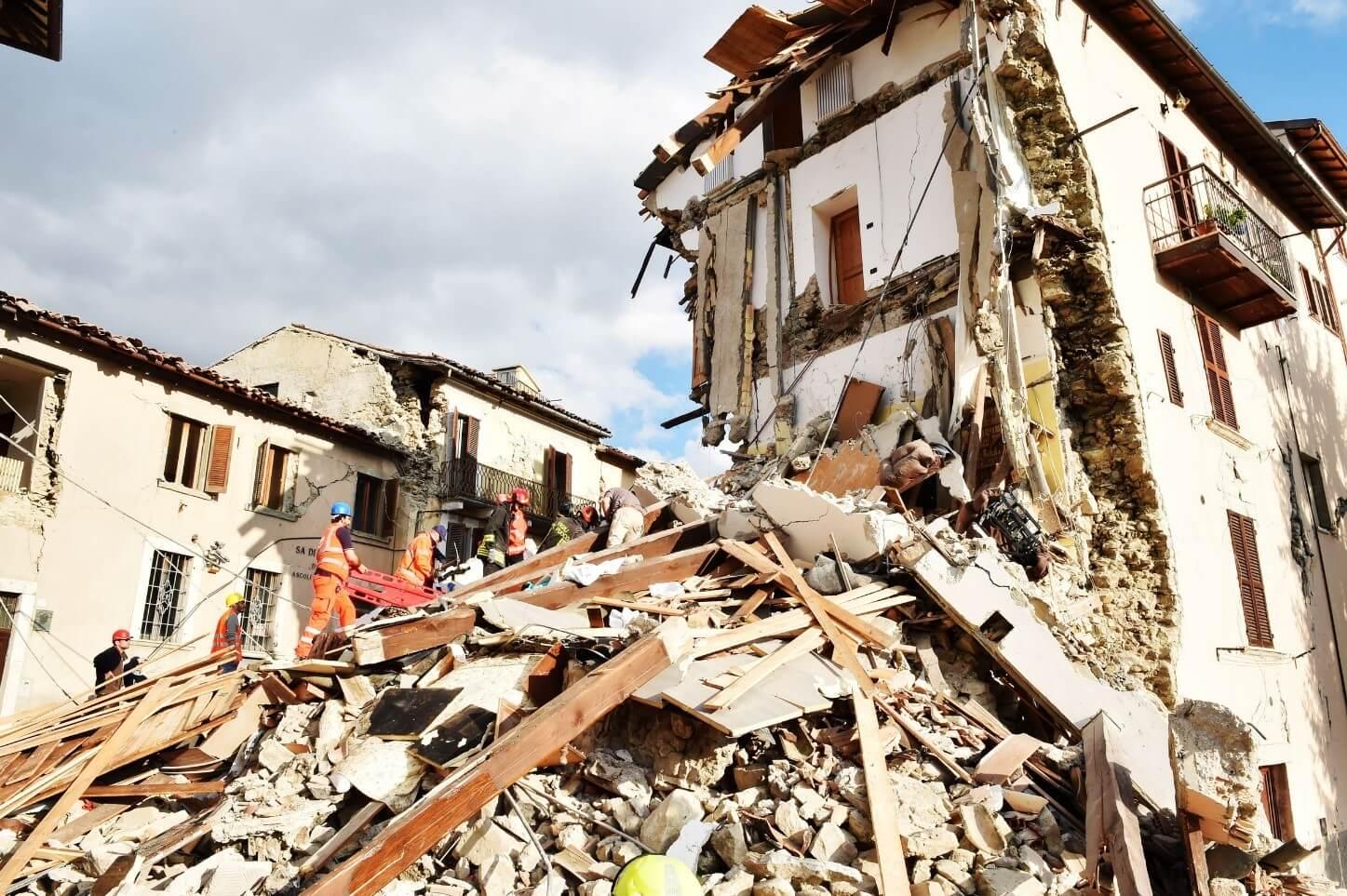 ساخت ساختمان ضد زلزله در تهران